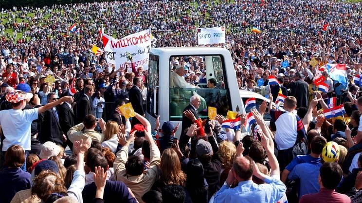 L'ultima visita papale in Svizzera: Giovanni Paolo II a Berna nel 2004