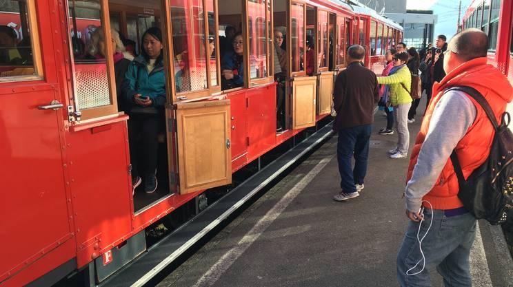 Turisti in arrivo dalla Cina sui treni della Rigi-Bahnen