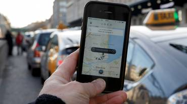 Regole dei taxi anche per Uber
