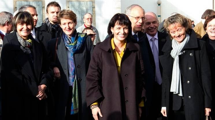 Una foto del 2010, quando il rosa era in maggioranza nel Governo del paese: da sinistra a destra, Calmy-Rey, Sommaruga, Leuthard e Widmer-Schlumpf