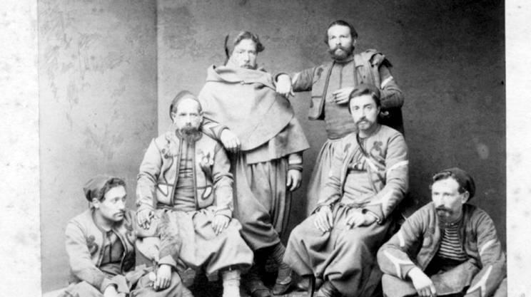 Un'immagine di alcuni soldati dopo l'internamento