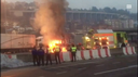 Camion brucia in dogana