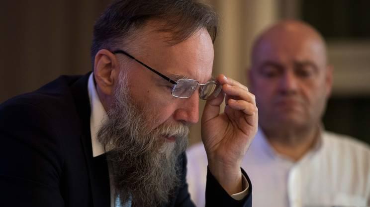 Aleksandr Dugin durante la conferenza tenuta a Lugano martedì
