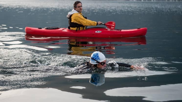 Bromeis ieri nelle acque del Lago Maggiore