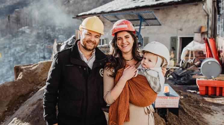 Désirée e Jeremy con il piccolo Ernesto