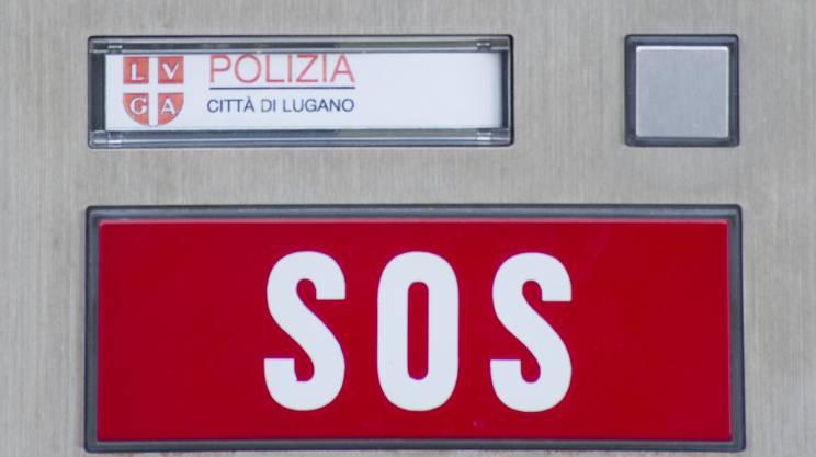 Lugano, un agente a processo