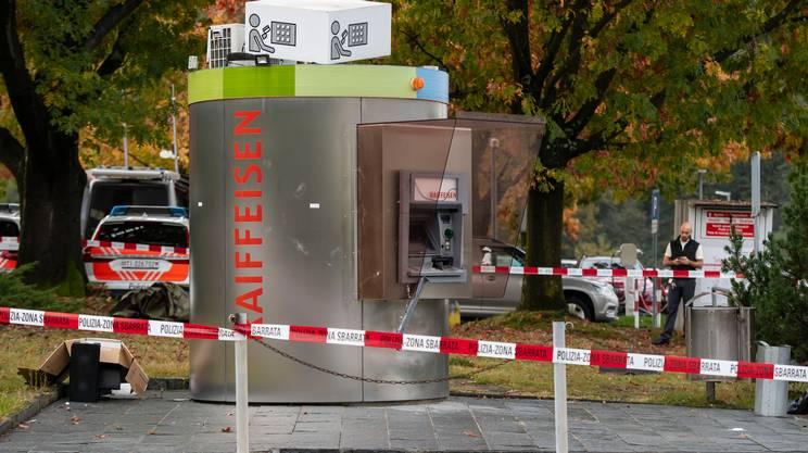 Il bancomat preso d'assalto dai malviventi