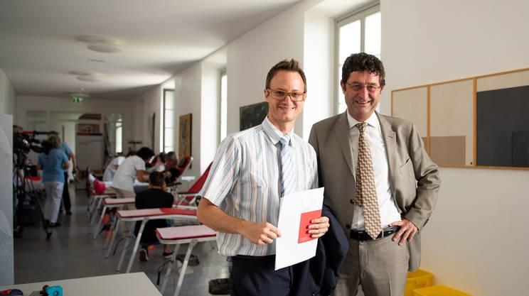Il deputato Simone Ghisla e il direttore del dipartimento della sanità e della socialità, Paolo Beltraminelli