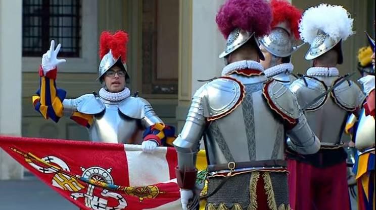 Il ticinese Alessandro Coroneo è stato il penultimo alabardiere a giurare