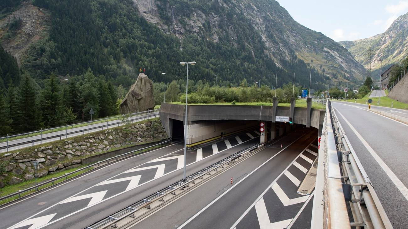 Il tunnel del San Gottardo chiuso nelle due direzioni
