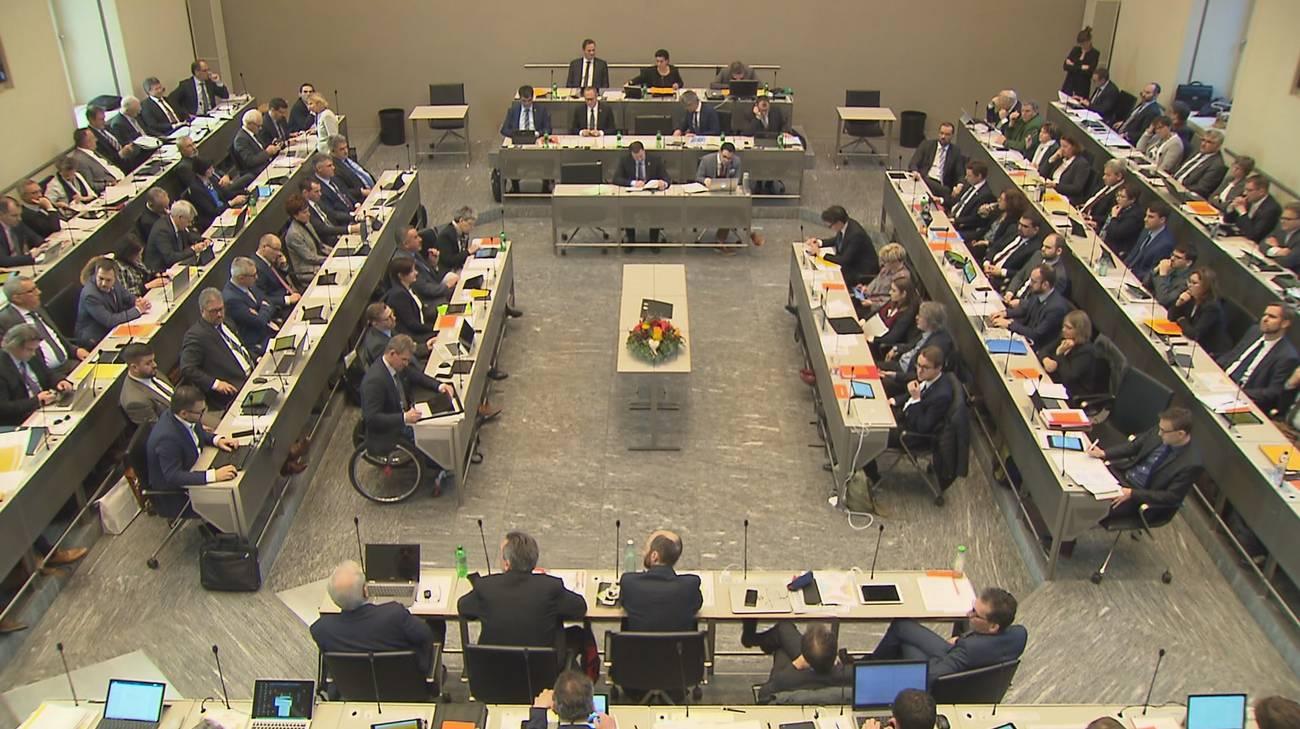 Il Parlamento ha approvato la riforma con 95 voti a favore, 19 contrari e 1 astenuto