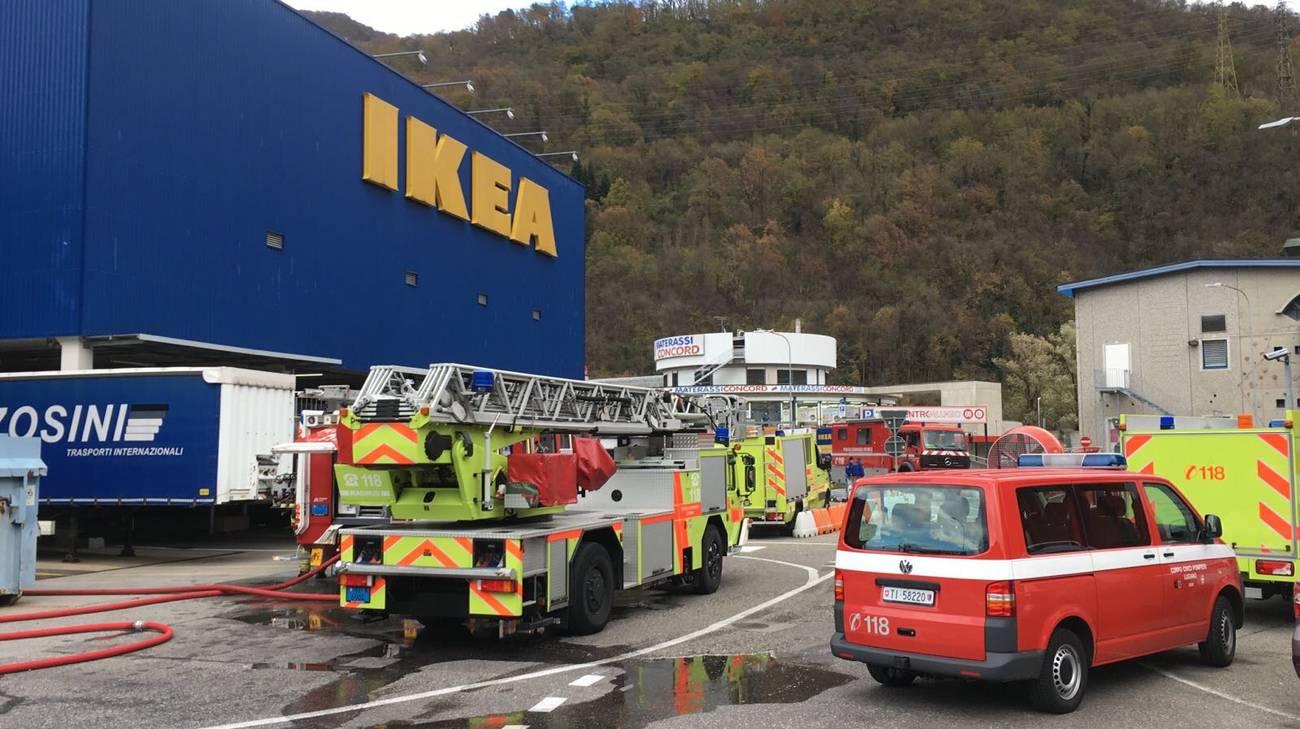 Pompieri all'opera a Grancia