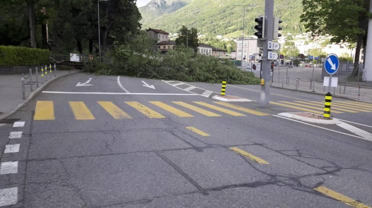 Strada completamente bloccata