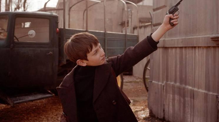 Nei panni del piccolo Gainsbourg in una scena del biopic