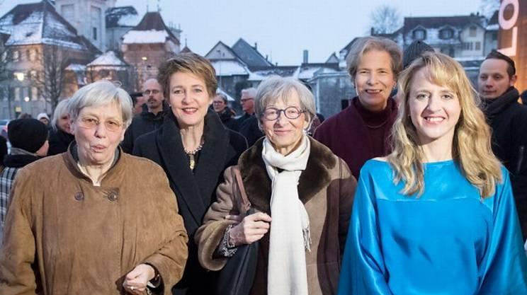 Hanna Sahlfeld-Singer, Simonetta Sommaruga, Gabriele Nanchen, Christine Beerli e Seraina Rohrer