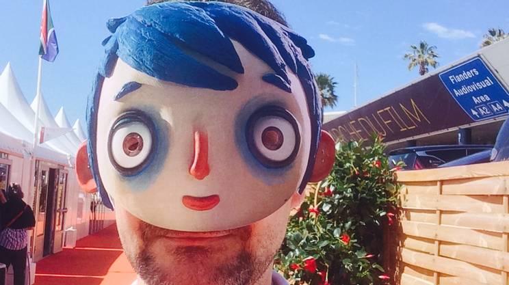 Sulla Croisette con la maschera di Courgette
