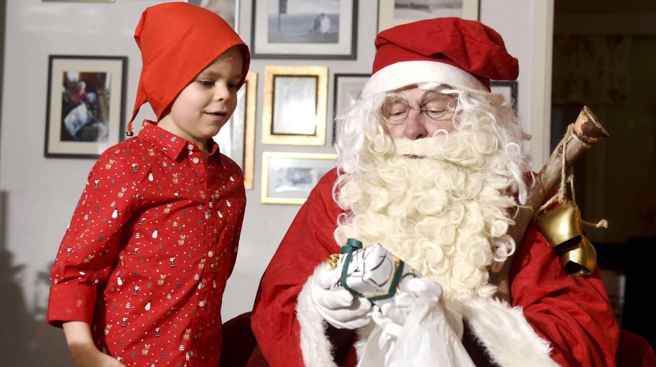 Esiste Babbo Natale Si O No.Babbo Natale Esiste Davvero Rsi Radiotelevisione Svizzera