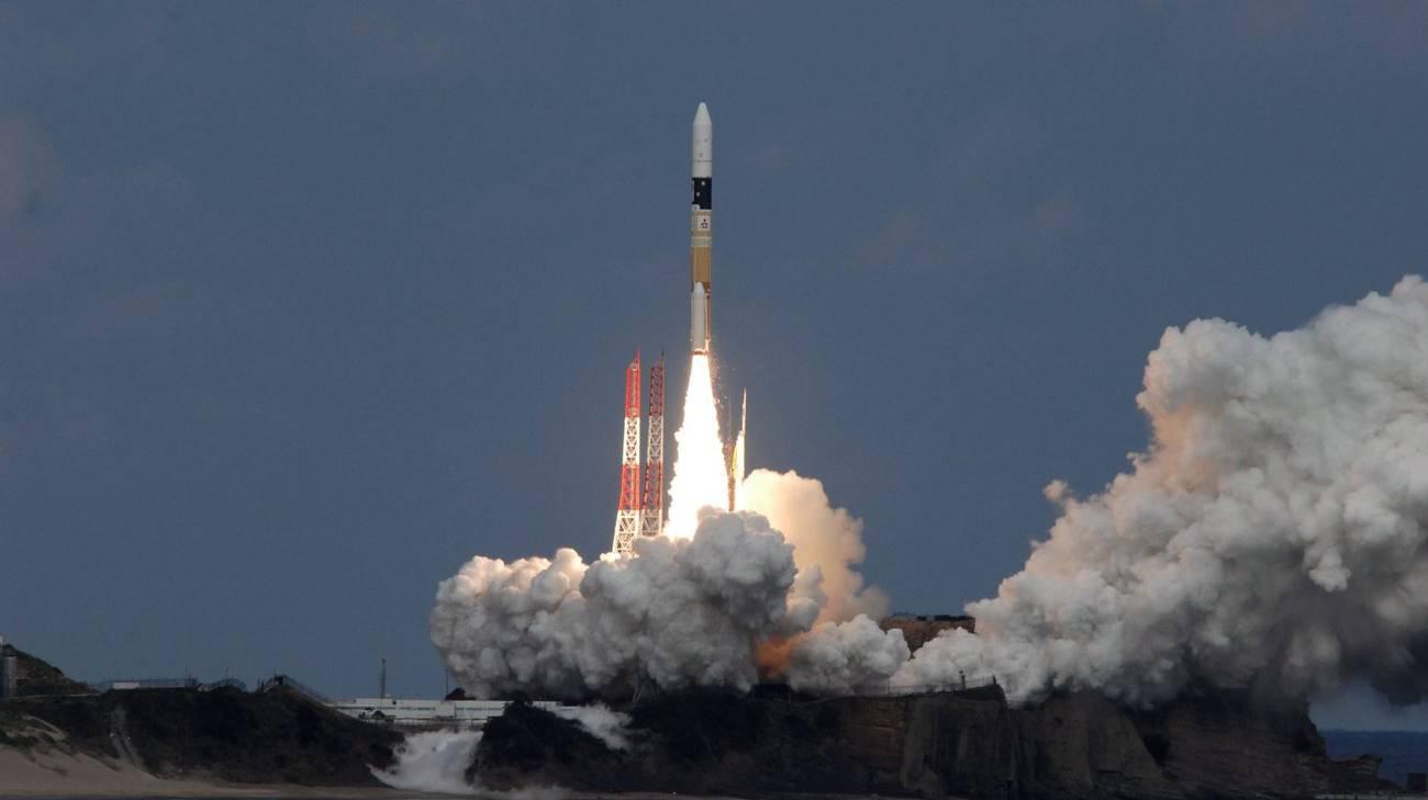Il razzo che ha mandato nello spazio Hayabusa-2, lanciato nel dicembre 2014