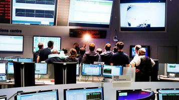 La sala di controllo all'ESA a Darmstadt, Germania