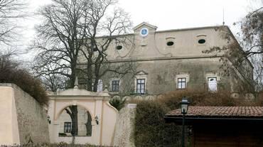 Triplice omicidio al castello
