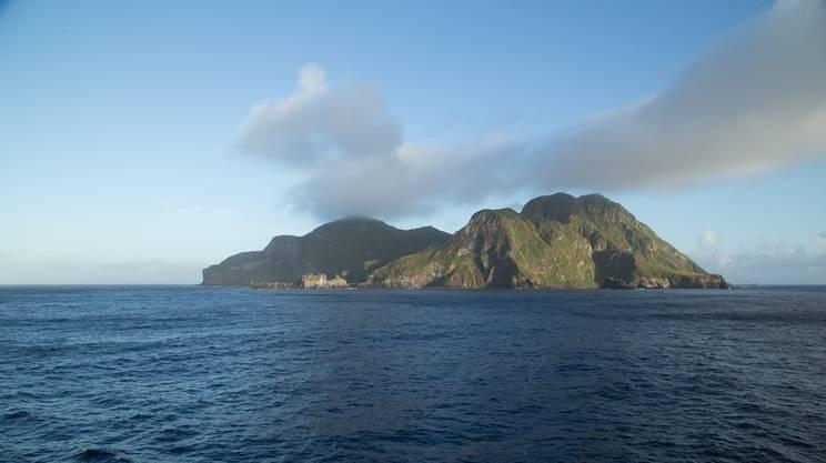 L'isola, l'utopia, il paradiso e l'inferno
