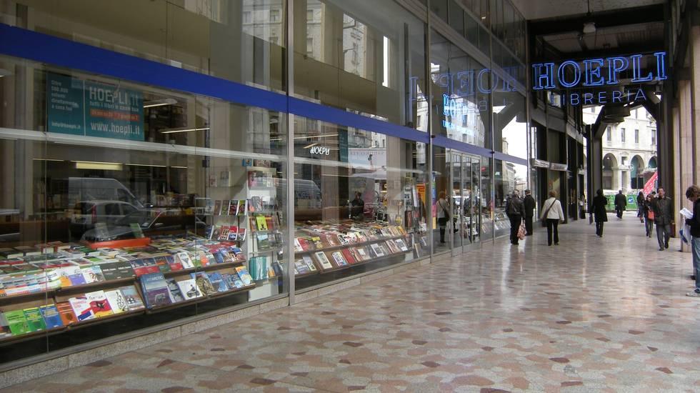 La libreria Hoepli (courtesy Barbara Hoepli)