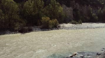 Il bosco di Finges e un fiume libero