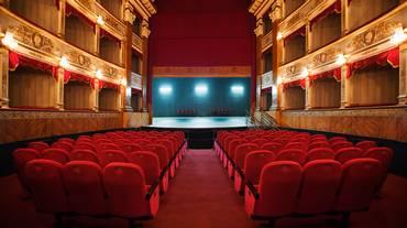 Programmazione artistica nei teatri: un mercato libero?
