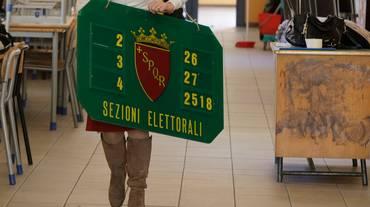 Italiani all'estero - voto conteso tra le forze politiche