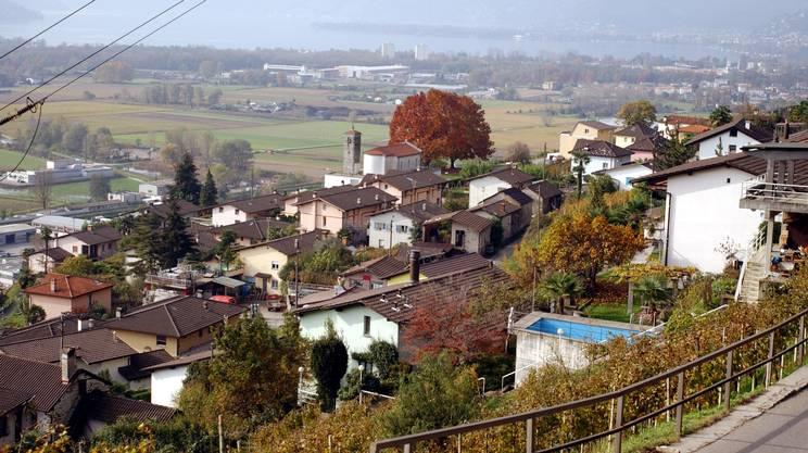 Lavertezzo: panoramica e veduta .Nella foto Scorcio di Lavertezzo/Montedato