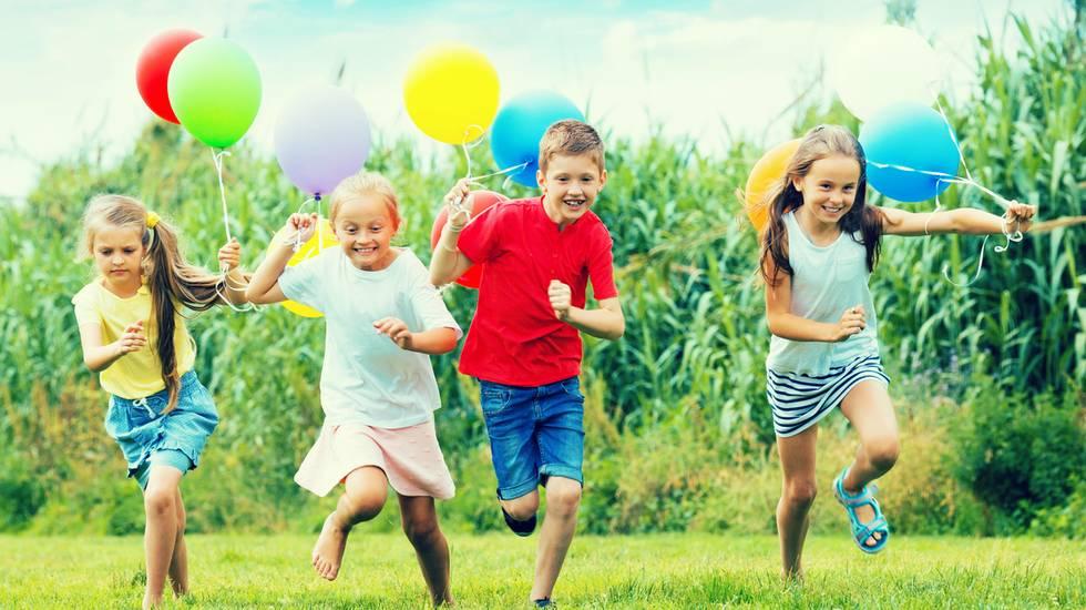 Correre, Parco pubblico, Estate, Stagione, Bambino, palloncini