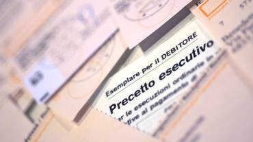 I precetti esecutivi, tra debitori e creditori: come fare e le procedure da seguire