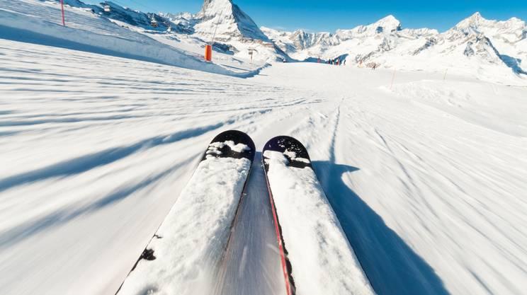 Sciare in montagna, sicurezza, Svizzera, Montagna, Monte Cervino, Alpi, Zermatt