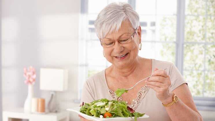 anziani, dieta equilibrata