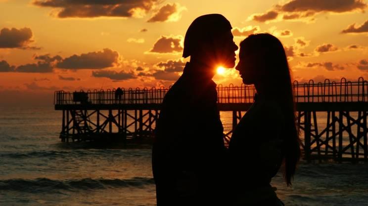 coppia, amore, Sensualità, Spiaggia, Mare, Alba, Simbolo a forma di cuore, Due persone, Autunno, San Valentino, Amore, Sogno, Baciare, Viaggio di nozze, Scuro, Libertà, Tramonto, Primavera, ^