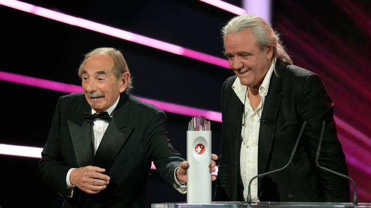 Bernie Schürch dopo aver ricevuto lo Swissaward 2015