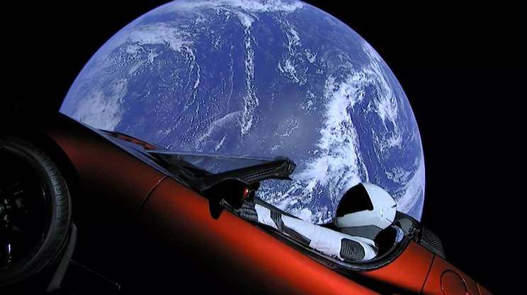 Elon Musk's Tesla Roadster toward Mars