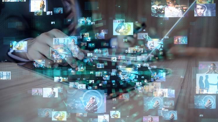 Social network, news, mondo digitale