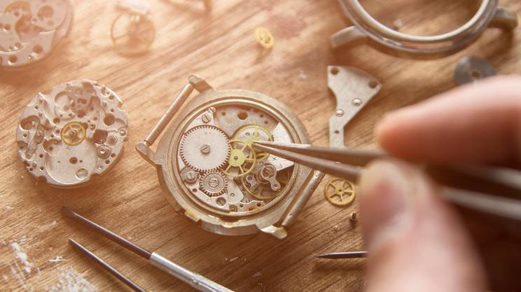 accciaio, Gioielli, Ingranaggio, Mano, Mano umana, riparare orologi, meccanismo