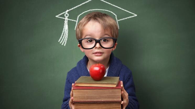 Bambino, Educazione, Edificio scolastico, Celebrazione della laurea, Riapertura delle scuole