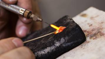 orafo, Fabbricazione di gioielli , lavorazione, artigiano