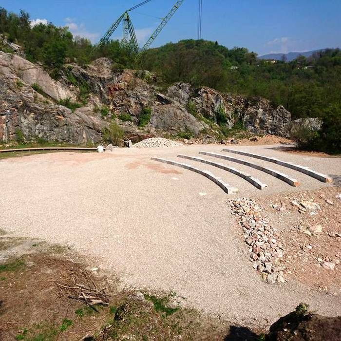 Sul cantiere dell'anfiteatro delle cave di Arzo, Squadra esterna 10.04.17
