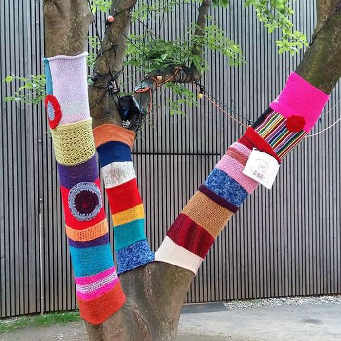 Urban Knitting, la maglia sugli alberi dell'associazione TRaGitto, Lugano, Squadra esterna 08.05.17 - 2
