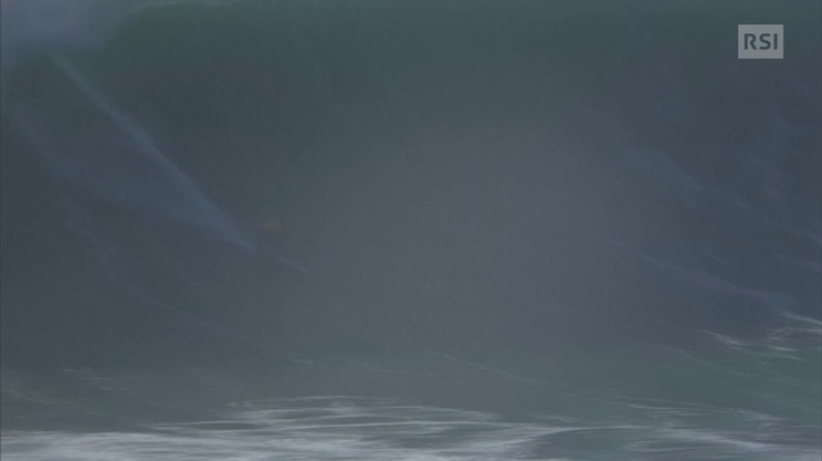 Grant Baker vince il Big Wave in Portogallo