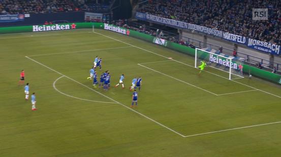 Sané trova il gol grazie a una spettacolare punzione