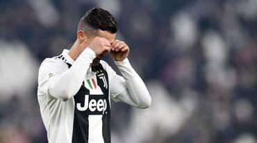 CR7 sbaglia, ma la Juve risponde al Napoli