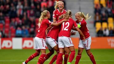 Storica Danimarca, Germania eliminata!