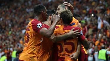 Derdiyok salva un punto per il Galatasaray