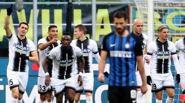 Scivola l'Inter e il Napoli ne approfitta