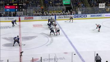NHL, l'incredibile gol firmato da un arbitro (12.12.2018)